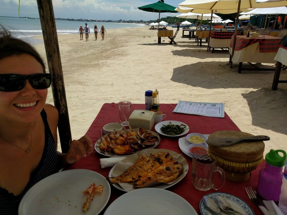Seafood lunch at Jimbaran Beach, Bali. If you like great fresh grilled seafood, then you must try out Jimbaran Beach.