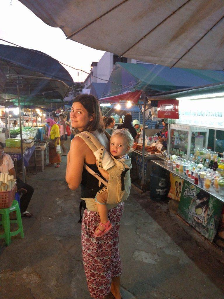 Ergo-ing at the Krabi night markets