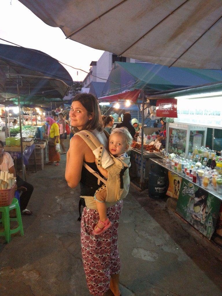 Ergo-ing at the Krabi night markets